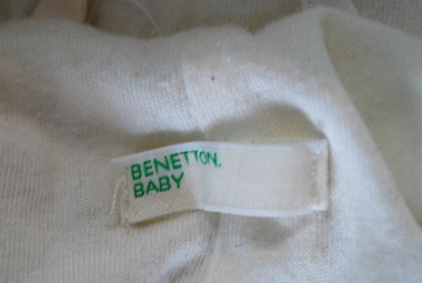 Second-Hand Schioverall Benetton Baby © Erhard Gaube - www.gaube.at